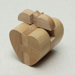 Heart Style YX827 Wooden Brain Teaser Puzzle Game Toy