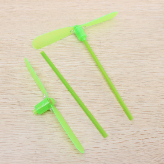 Plastic Bamboo-copter Bamboo Dragonfly Toy Multi-Colored W/LED 2021