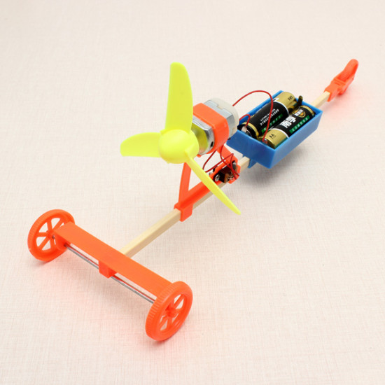 Wind Powered Car DIY Creative Small Toys Technoogy Production 2021