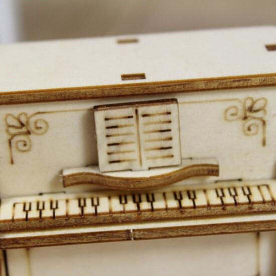 Zakka DIY Wooden Assembled Hand Cranked Music Box 2021
